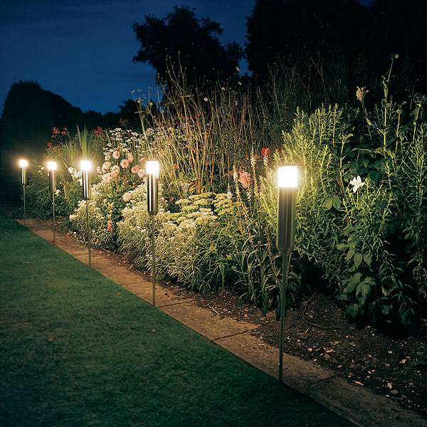 Landscaping Lighting Ideas Pictures : Fantastic solar outdoor lights for garden freshnist