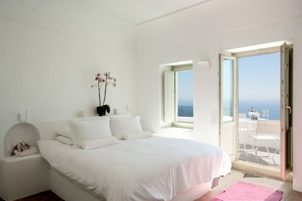 white-bedroom (1)