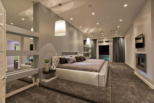 Modern Luxury Bedroom Idea