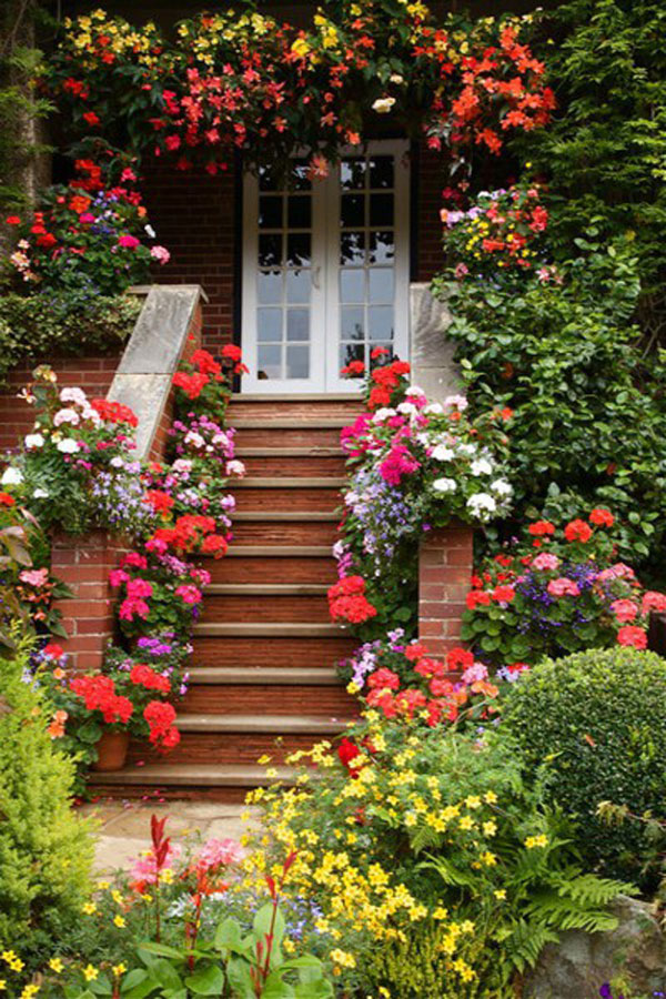 52 beautiful front door decorations and designs ideas Plants next to front door