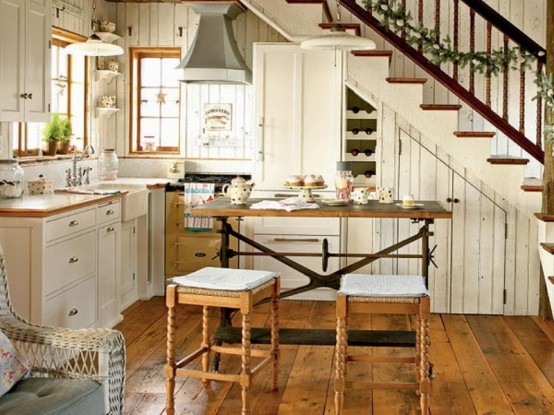 Small Kitchen Inspiration: 10 Design Ideas
