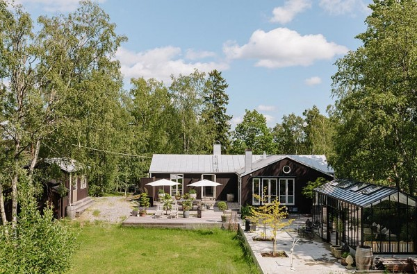 Modern House Design On The Baltic Sea By Stockholm