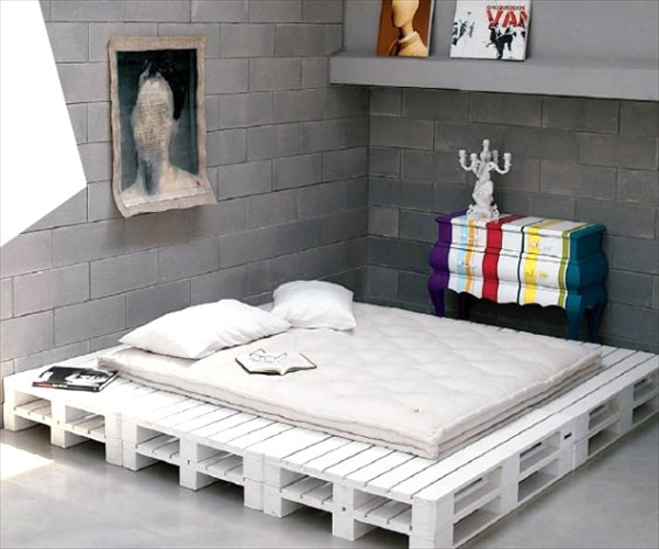 22 Ideas About Pallet Furniture - Useful out of waste ... on Bedroom Pallet Ideas  id=97711