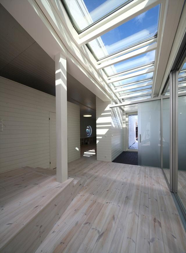 wooden boat house design