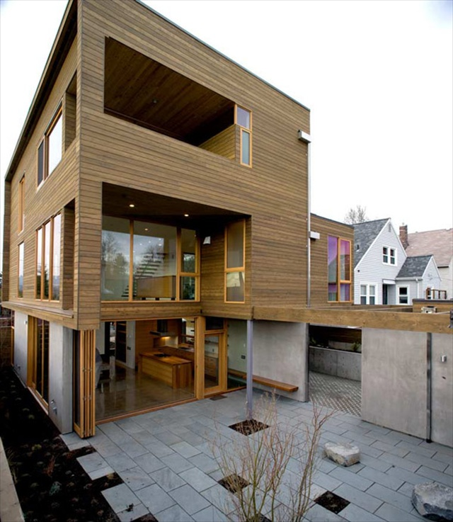 The Modern Wooden House by Plastolux, Portland