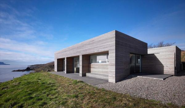 Tigh Port na Modern House  Design by Dualchas Architects