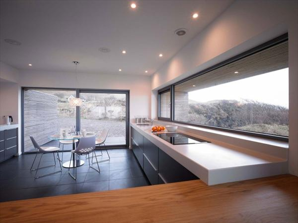 river-side-modern-house-design-by-Duakchas-Architects (3)